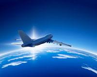 雲上へ飛行イメージ