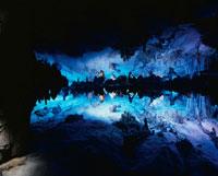 鍾乳洞の蘆笛岩 桂林 中国 01308007101| 写真素材・ストックフォト・画像・イラスト素材|アマナイメージズ