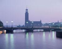 市庁舎とメーラレン湖夕景  ストックホルム スウェーデン