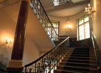 階段 01336007677| 写真素材・ストックフォト・画像・イラスト素材|アマナイメージズ