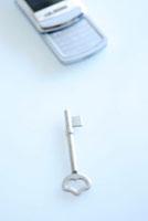 鍵と携帯電話