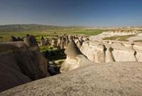 カッパドキアのゼルヴェのキノコ岩と奇岩大地
