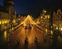 グランプラスのクリスマスイルミネーション ブリュッセル 01459001215| 写真素材・ストックフォト・画像・イラスト素材|アマナイメージズ