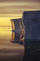 南極半島の日の出 南極大陸