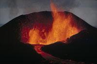 火山の噴火(オレンジ) 2月 ガラパゴス諸島
