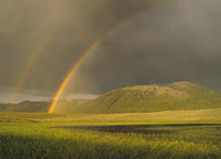 ボールダー山脈と2本の虹 アイダホ州 アメリカ