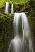 アーバッハ渓谷の滝 01543048549  写真素材・ストックフォト・画像・イラスト素材 アマナイメージズ