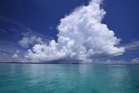 小浜島沖の積乱雲