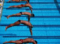 水泳 01676001217  写真素材・ストックフォト・画像・イラスト素材 アマナイメージズ
