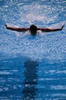 競泳 01676002633  写真素材・ストックフォト・画像・イラスト素材 アマナイメージズ
