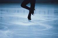 フィギアスケートの人物の足 01676020488| 写真素材・ストックフォト・画像・イラスト素材|アマナイメージズ
