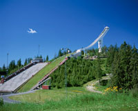 ホルメンコーレンのスキージャンプ台 ノルウェー 01678037117| 写真素材・ストックフォト・画像・イラスト素材|アマナイメージズ