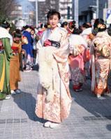 成人式の和服の日本人女性