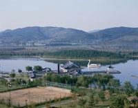 遊覧船と普門湖 慶州 韓国
