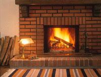 燃える暖炉