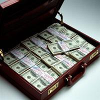 アタッシュケースいっぱいの米ドルの札束