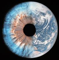 地球と目の合成 01809010009| 写真素材・ストックフォト・画像・イラスト素材|アマナイメージズ