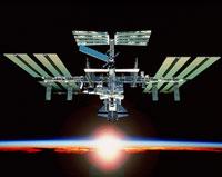 国際宇宙ステーション 01809010853  写真素材・ストックフォト・画像・イラスト素材 アマナイメージズ