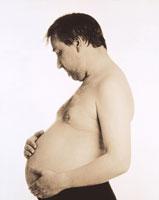 男性妊娠 01809011167  写真素材・ストックフォト・画像・イラスト素材 アマナイメージズ