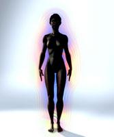 オーラを発する女性裸体