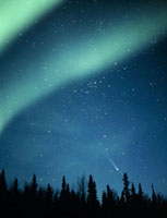 Comet Hyakutake with aurora borealis,16-04-96
