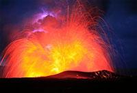 Lava explosion 01809025477| 写真素材・ストックフォト・画像・イラスト素材|アマナイメージズ
