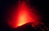 Volcanic eruption 01809030390| 写真素材・ストックフォト・画像・イラスト素材|アマナイメージズ