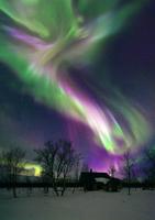 Aurora borealis 01809030652| 写真素材・ストックフォト・画像・イラスト素材|アマナイメージズ