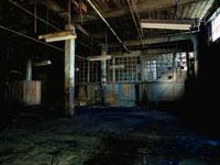 廃墟の荒れ果てた部屋