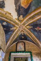 スビアコ岩壁修道院 01881426212| 写真素材・ストックフォト・画像・イラスト素材|アマナイメージズ