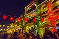 店ランタン祭り 01881426975| 写真素材・ストックフォト・画像・イラスト素材|アマナイメージズ