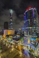 ビテクスコ・フィナンシャルタワーと街並 01881426987| 写真素材・ストックフォト・画像・イラスト素材|アマナイメージズ