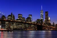 ブルックリン・ブリッジとマンハッタン