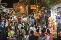 スーク・アル・ミルフ(塩の市場)/夜景 01888612172| 写真素材・ストックフォト・画像・イラスト素材|アマナイメージズ