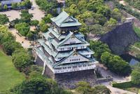 大阪城 空撮 01888612410| 写真素材・ストックフォト・画像・イラスト素材|アマナイメージズ