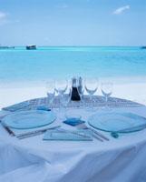 ビーチのテーブルセット  モルジブ