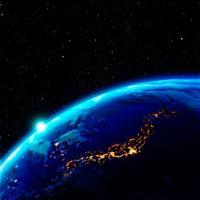日本が輝く夜の地球と太陽
