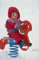 乗り物に乗る子供 ケベック カナダ