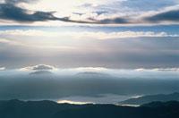 乗鞍岳山腹にかかる雲 10月 長野県