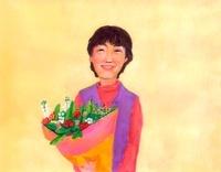 花束をかかえる中年東洋人女性