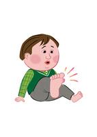 足が痛くて痒い、太り気味の男性 02130010048| 写真素材・ストックフォト・画像・イラスト素材|アマナイメージズ