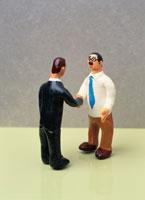 フィギア   握手
