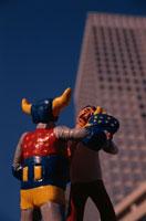 ロボットと戦うビジネスマン フィギア