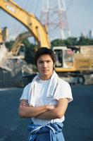 工事現場の日本人の男性