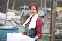 港で働く女性
