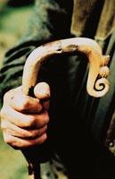 杖を持つ手 カンブリア イギリス