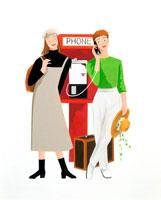 若い女性2人トランクで旅行中の公衆電話