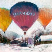雪景色のヨーロッパの田舎町に気球が飛ぶ