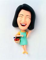 買い物かごを持って笑う主婦 02237004389| 写真素材・ストックフォト・画像・イラスト素材|アマナイメージズ