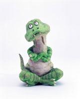 立体 あぐらをかいて考える恐竜 2